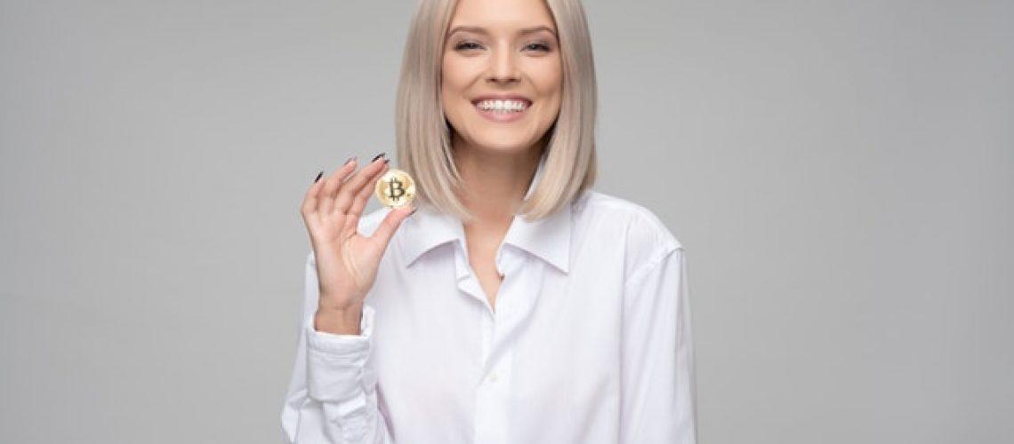 adult-bitcoin-blockchain-1037915